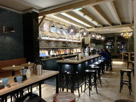 Cafe de B.